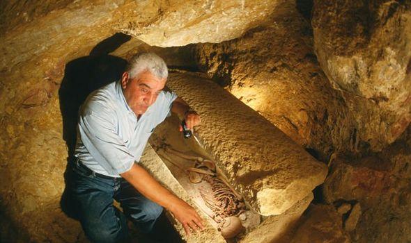 Египетский археолог едва не стал жертвой проклятия мумий