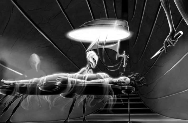 Женщина увидела Человека в черном во время ее похищения пришельцами
