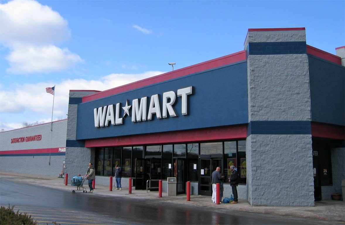 Мальчик-рептилоид из Walmart