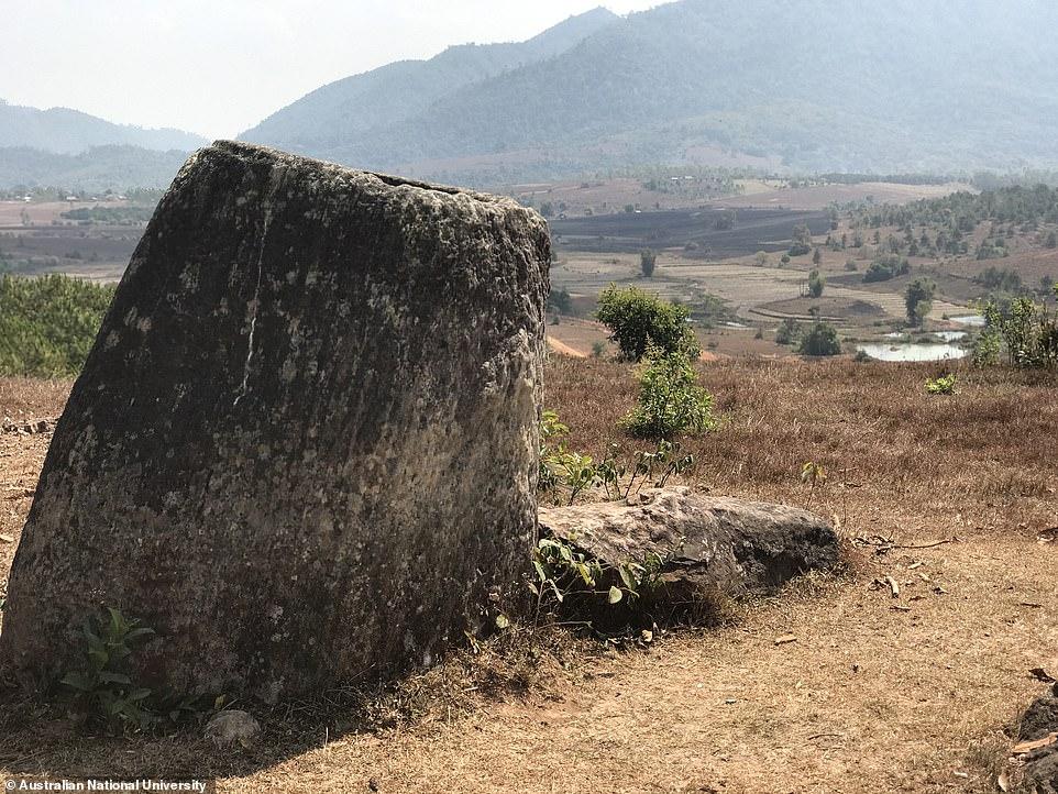 Загадка 2-тысячелетних каменных кувшинов Лаоса