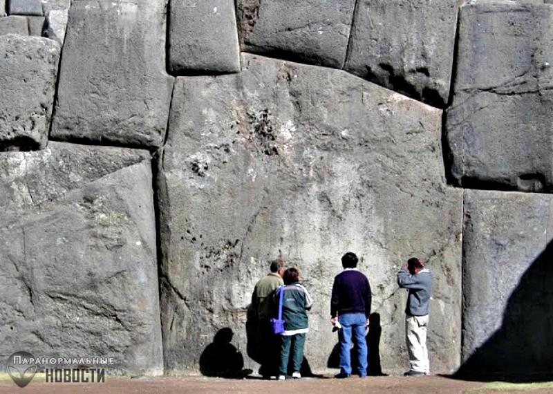 Тайна гранитной перевернутой лестницы из Куско