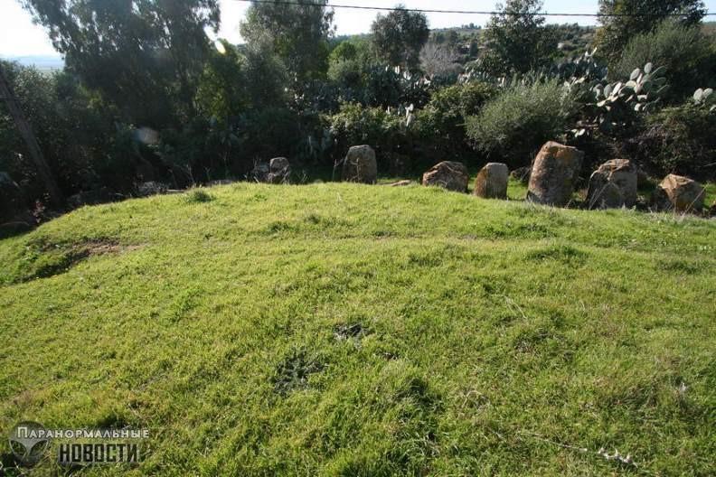Тайна каменного круга Мзора с могилой гиганта в Марокко