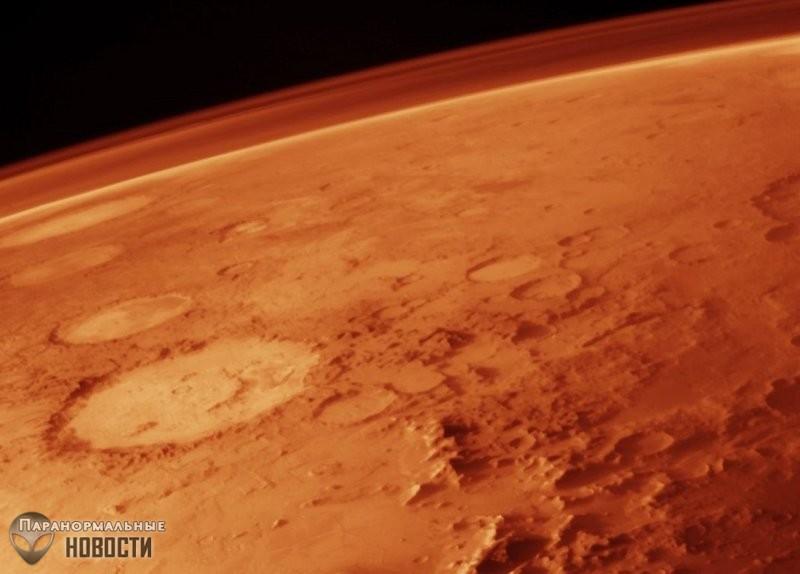 Все-таки там есть жизнь? На Марсе зафиксировали необычные скачки уровня кислорода