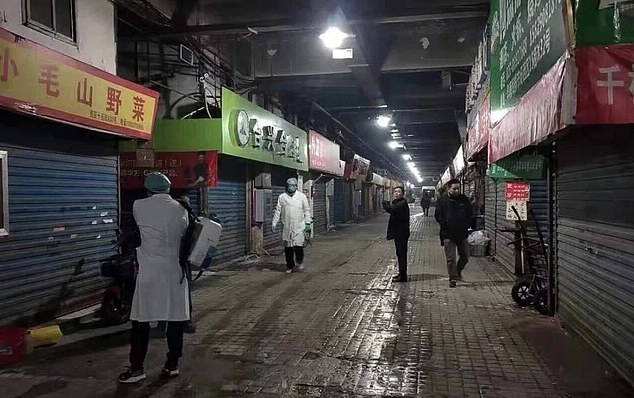 Атипичная пневмония-2? В Китае вспышка загадочной легочной болезни, врачи опасаются новой смертельной эпидемии