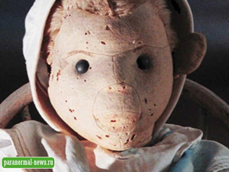 «Морячок Роберт»: Самая страшная одержимая кукла в истории