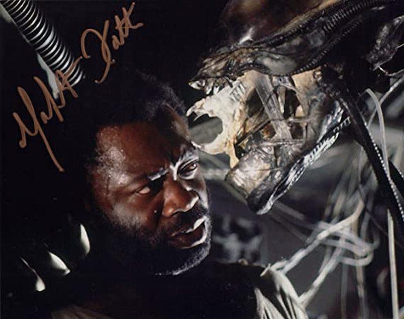 Актера, снявшегося в фильме «Чужой», посещают реальные инопланетяне