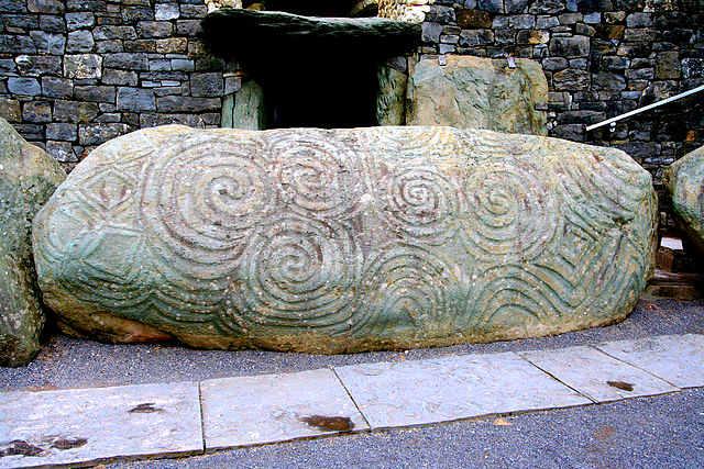 Древние ирландские короли заводили детей от родных сестер или собственных детей