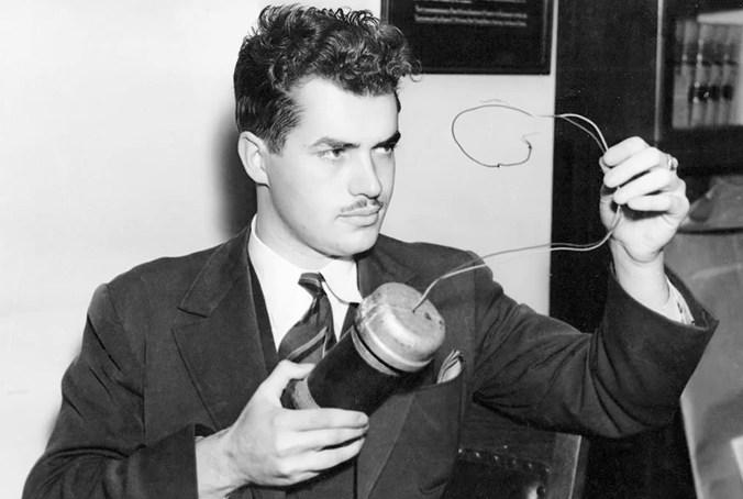 Ракетостроитель Джек Парсонс был оккультистом и пытался создать гомункула