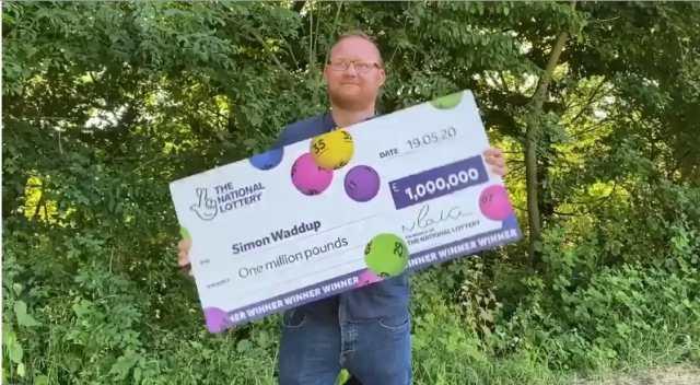 Электрик услышал голос в голове, послушался его, купил лотерейный билет и ...выиграл 1 миллион фунтов!
