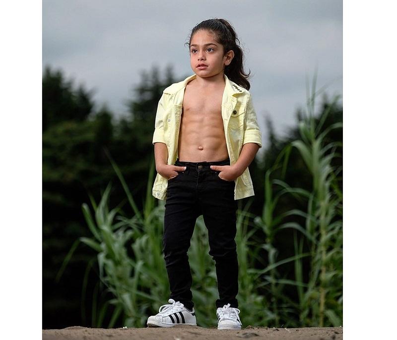 «Я не верю, это фотошоп!»: 6-летний мускулистый мальчик стал звездой Инстаграма