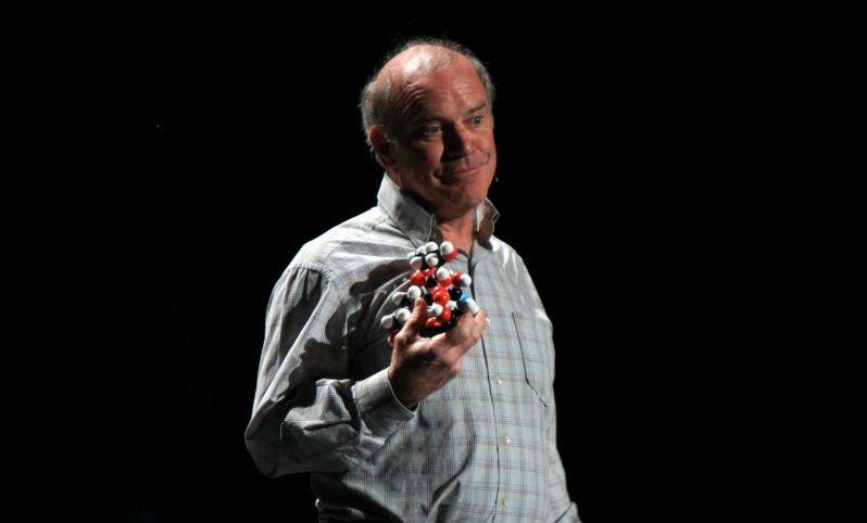 Лауреат Нобелевской премии по химии встречал инопланетного говорящего енота