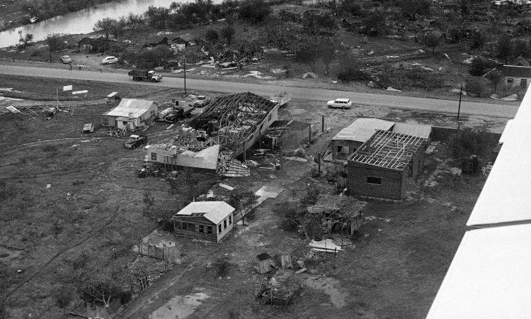 Мексиканский штат Тамаулипас уже полвека не подвергается атаке ураганов: Люди говорят, что его защищают пришельцы