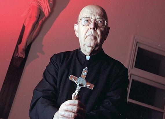 Как главный экзорцист Ватикана столкнулся с самим Люцифером