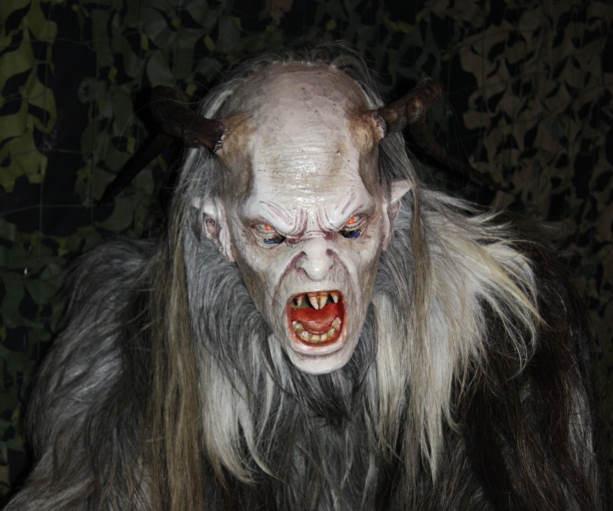 Вонючий монстр из Аризоны, который калечит животных и кидается камнями в туристов