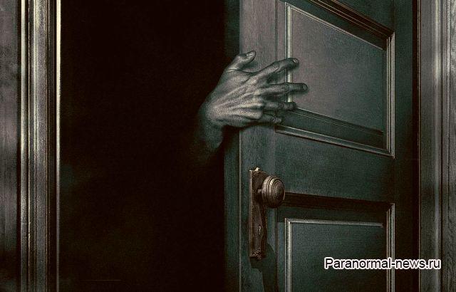 Страшное существо, живущее в шкафу