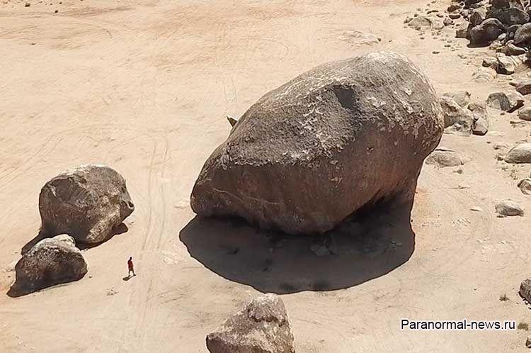Тайны гигантского камня в пустыне Мохаве: Пришельцы и Машина Времени