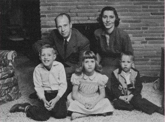 Таинственная смерть Фрэнка Олсона, выпрыгнувшего с 13 этажа после экспериментов по контролю разума