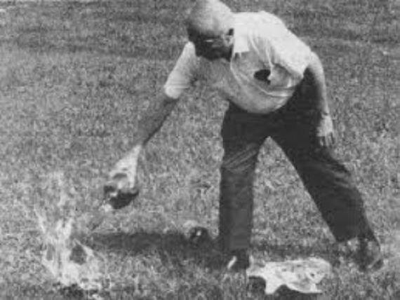 Любопытная история «бензиновой пилюли» или как люди пытались превратить воду в топливо