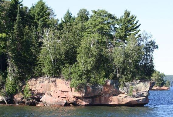 Маленький остров, проклятый старым отшельником