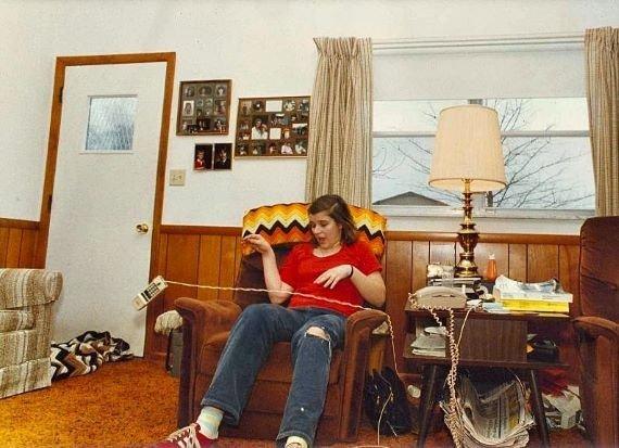 Тина Реш - девушка, вокруг которой летали тарелки и телефоны