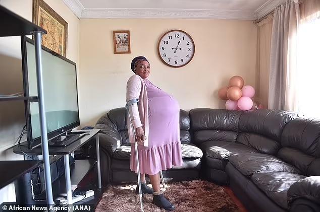 Южноафриканка побила рекорд Гиннесса, родив за раз ДЕСЯТЬ детей, но ей не верят