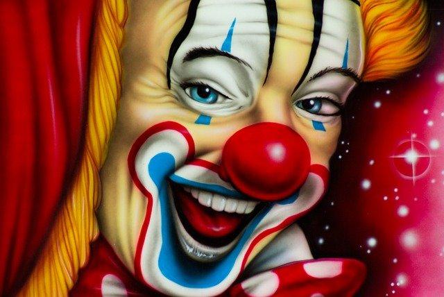 «Клоун из Сэндауна» - Пришелец? Робот? Чья-то несмешная шутка?