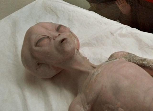 Гипотеза о том, что «инопланетяне» из Розуэлла были искалеченными людьми из секретного эксперимента