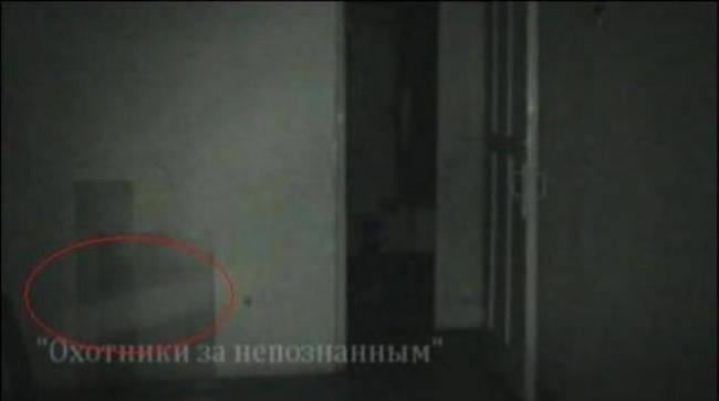 В поселке Юбилейный Пермского края засняли странные шары