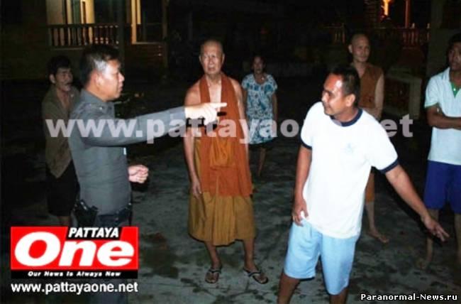 В Таиланде мужчина спрятался в храме, спасаясь от привидения