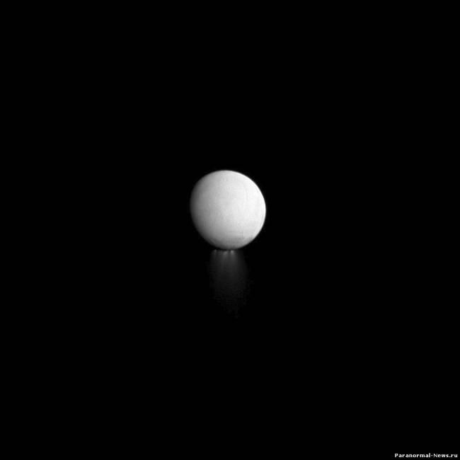 Луна Сатурна это огромный космический корабль
