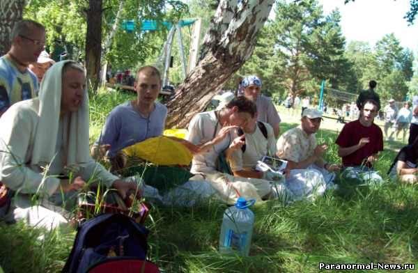Окунево: Приют кришнаитов, староверов и язычников (4 фото)