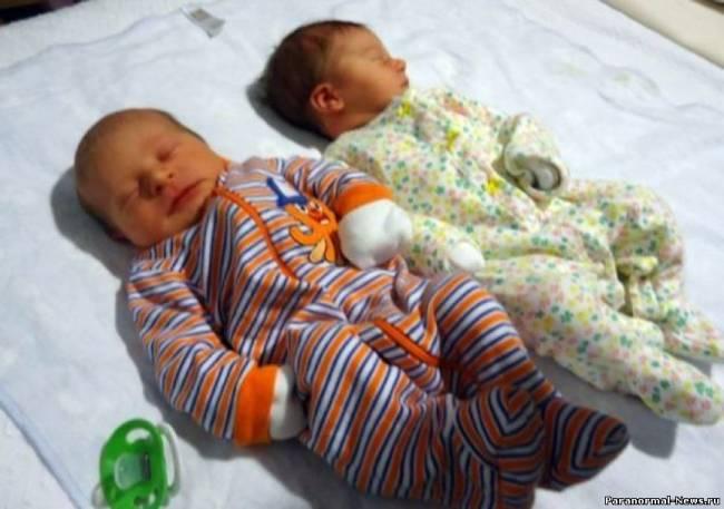 Синхронные близнецы: Зачали и родили одновременно