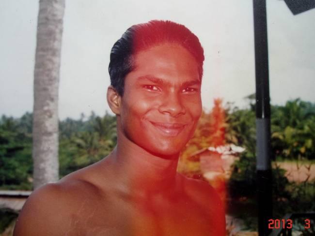 Житель Шри-Ланки практически не ест уже 5 лет (5 фото)