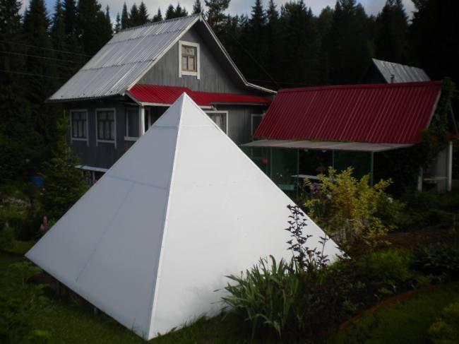 Пирамида на даче: Энергия из космоса