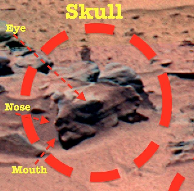 """На фото с """"Марсианкой"""" исследователи нашли множество новых артефактов (13 фото)"""