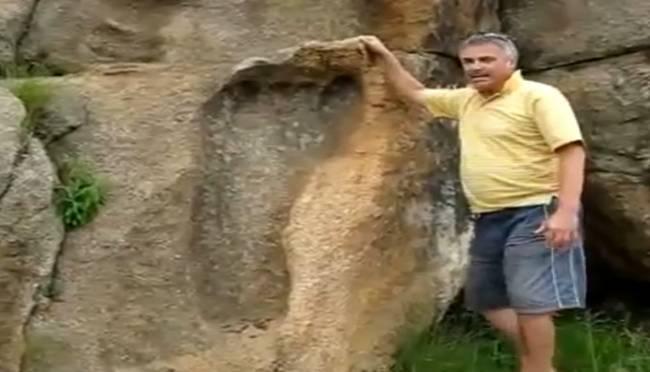 Огромный след в камне нашли в Южной Африке