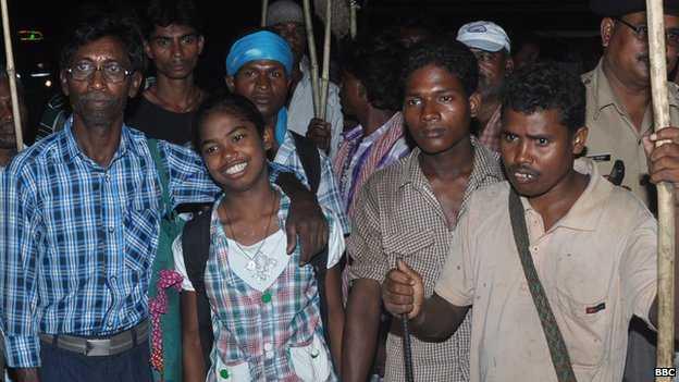 Разговаривая со слонами, индианка спасла деревню от разрушения