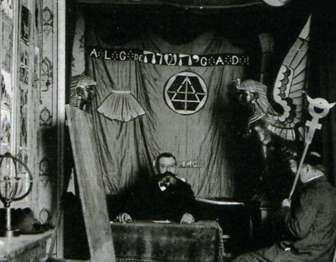 Пять предсказателей, которых слушали российские императоры (5 фото)