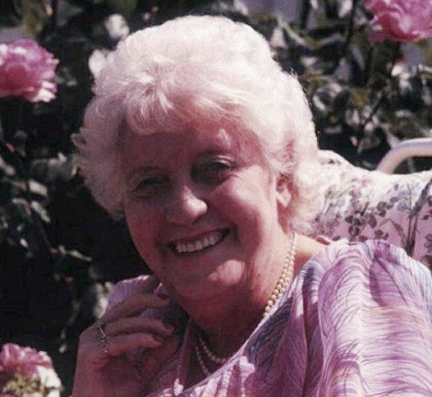 Как экстрасенс Дороти Стоукс вычислила Йоркширского потрошителя