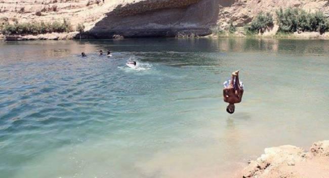 Таинственное озеро внезапно появилось в пустыне Туниса (4 фото + видео)