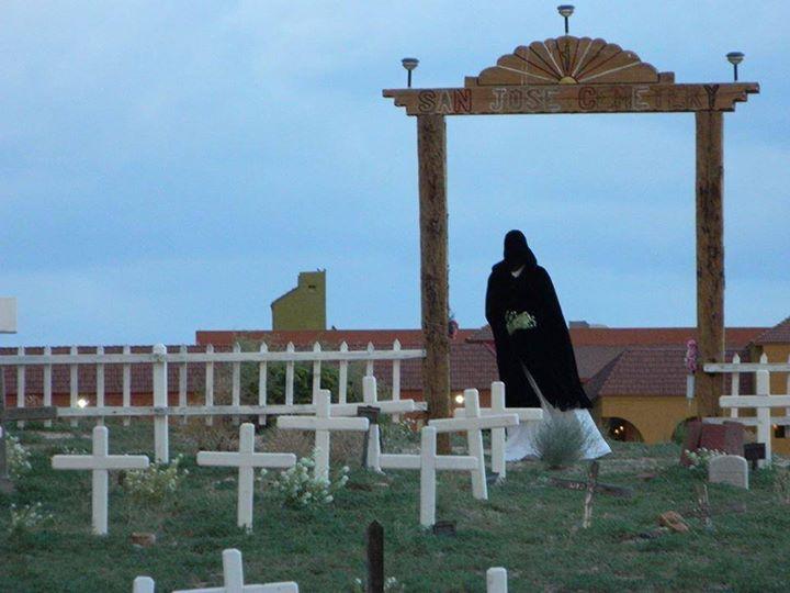 На кладбище в Альбукерке засняли Ангела Смерти