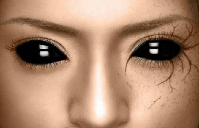 В графстве Стаффордшир видели девочку с черными глазами (2 фото)