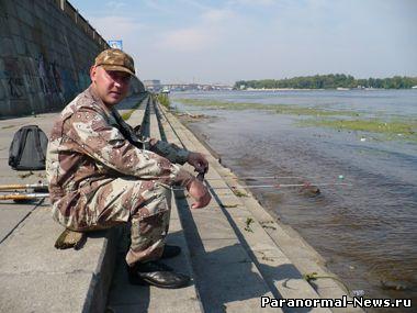 Андрею посчастливилось поймать хищную рыбешку