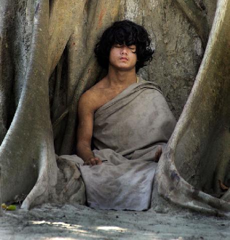 Могут ли люди обходиться без еды и воды? (3 фото)